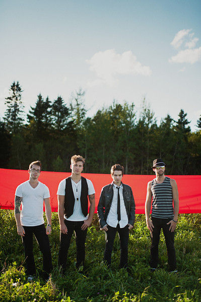 The Playdates - Red Stripe