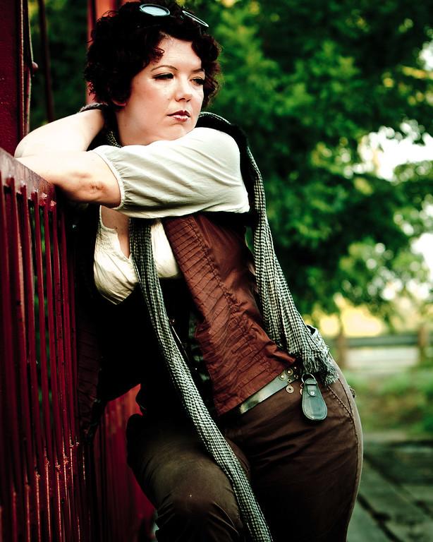 Jessica Dawn at the Old Alton Bridge