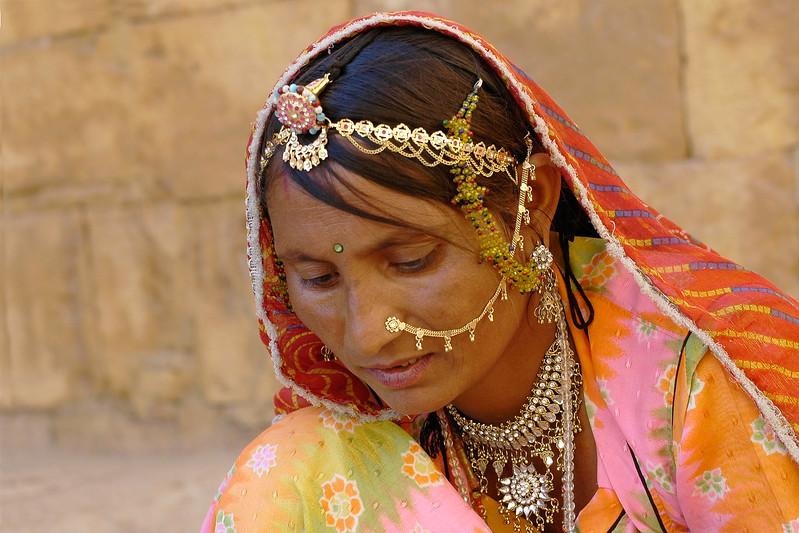 Lady selling jewelery in Jaisalmer, Rajasthan, India.