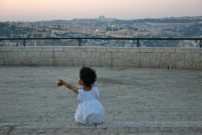 Jewish girl from Mumbai India, Jerusalem (2007) © Copyrights Michel Botman Photography