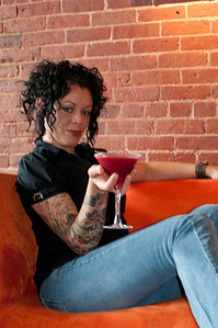 The Salt Exchange's beautiful bartender, Tatum Thistle, poses for me for an article in Portland Magazine.