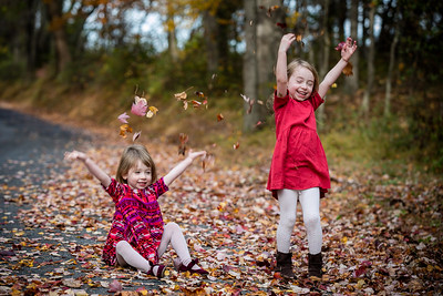 I was back in the US for some work when I got a message from Emily.   She wanted to do a fall family portrait session.  It was over seven years ago when I first met Emily. I photographed her wedding in Washington DC.  Now she has two adorable daughters Juliet and Lily.  I scouted out a place near our family farm.  It was such a beautiful day for a family fall porrait session.   I really love getting a chance to see the family grow.