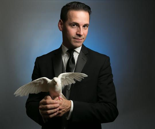 Tom Pesce, Magician