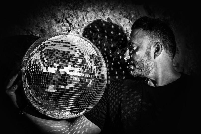 Valeron - DJ & Producer - instagram.com/valeron_music