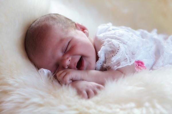 Newborn Photos - Jocelyn Joy Phillis