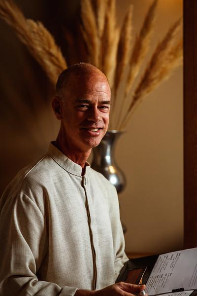 Ken Rosen - Healing therapist - www.spatcm.com