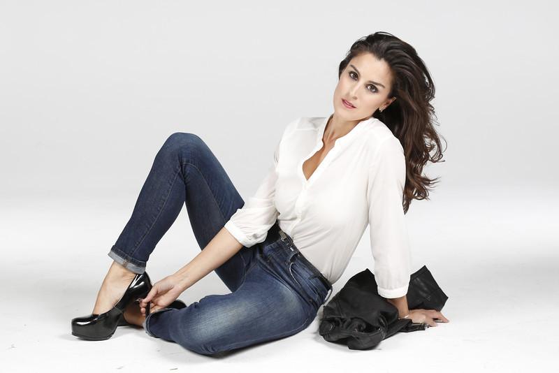 """Actress / Model Kate Jurdi    <a href=""""http://www.katejurdi.com"""">http://www.katejurdi.com</a>"""