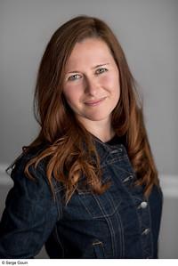 SEGO2018-0505-024 5 May 2018  Portrait de Amy Lachapelle, Auteure pour Group Librex inc.  Gatineau, Quebec.   © Serge Gouin, Photographe 2018  www.segophoto.ca