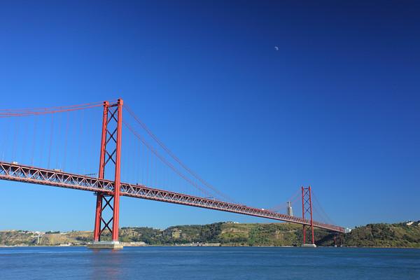 April twenty five bridge in Lisbon, Portugal