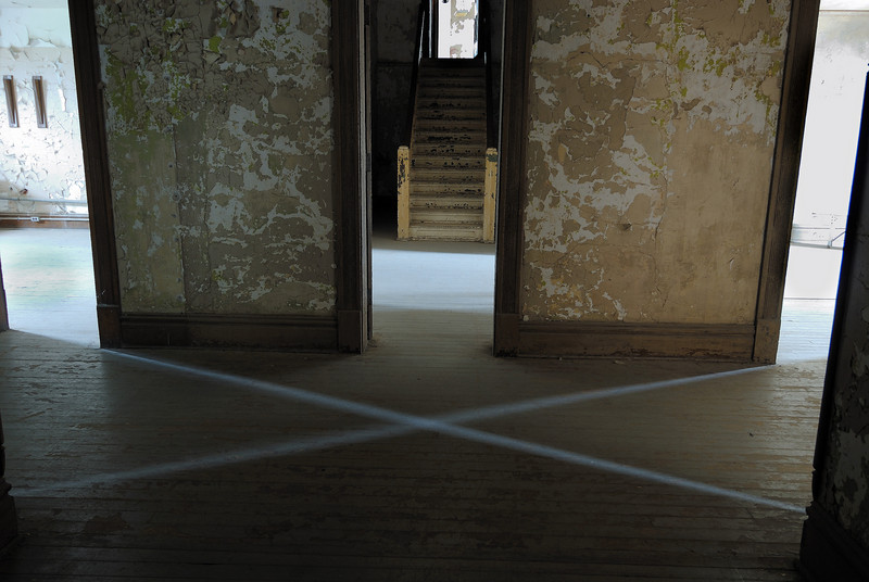 As long as there is daylight coming from these four rooms an X is formed!!!  EERIE