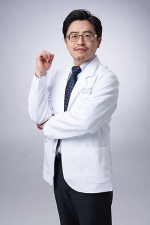 Business-portrait-20190129-劉院長4901