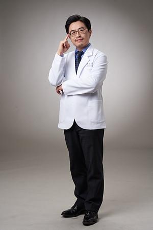 Business-portrait-20190129-劉院長4947