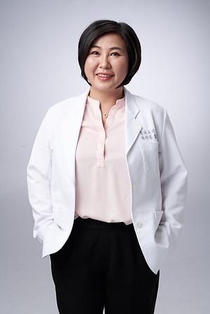Business-portrait-20190129-陳醫師3809