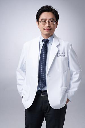 Business-portrait-20190129-劉院長4916