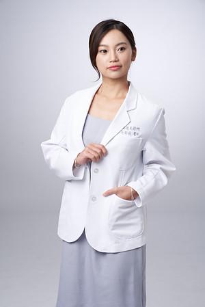 Business-portrait-20190129-吳醫師179