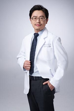 Business-portrait-20190129-劉院長4876