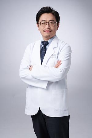 Business-portrait-20190129-劉院長4897
