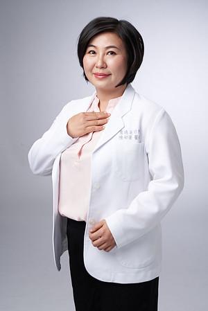 Business-portrait-20190129-陳醫師3785