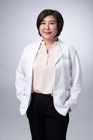 Business-portrait-20190129-陳醫師3834