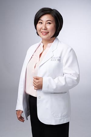 Business-portrait-20190129-陳醫師3776
