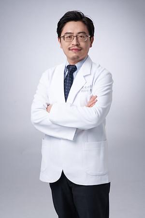 Business-portrait-20190129-劉院長4896