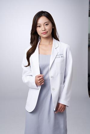Business-portrait-20190129-吳醫師110