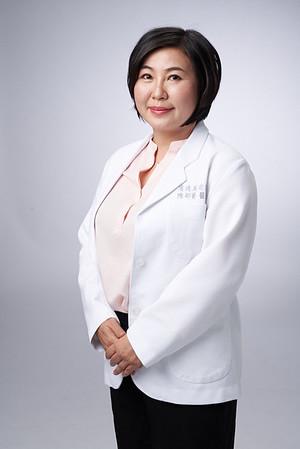 Business-portrait-20190129-陳醫師3795