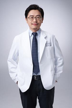 Business-portrait-20190129-劉院長4914
