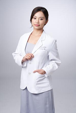 Business-portrait-20190129-吳醫師187