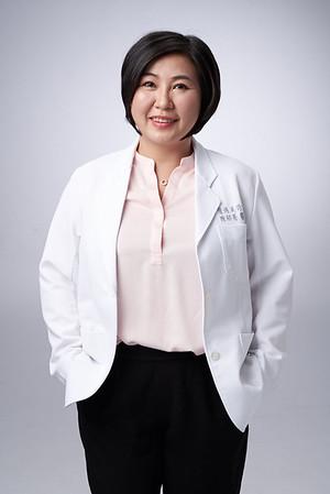 Business-portrait-20190129-陳醫師3810