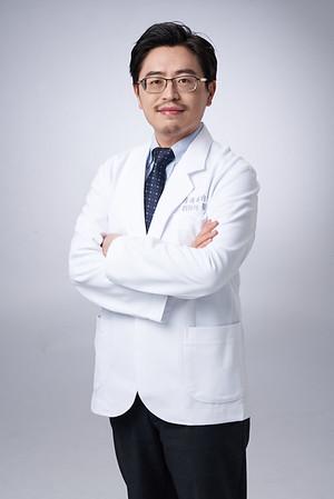 Business-portrait-20190129-劉院長4892