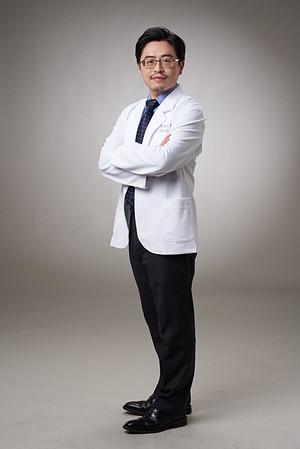 Business-portrait-20190129-劉院長4976