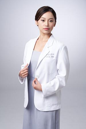 Business-portrait-20190129-吳醫師136
