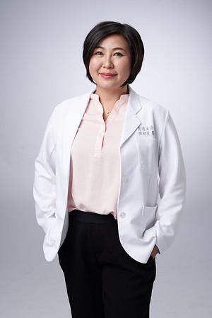 Business-portrait-20190129-陳醫師3836