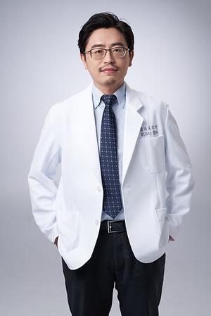 Business-portrait-20190129-劉院長4912