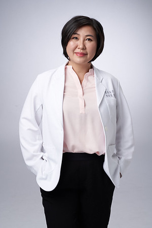 Business-portrait-20190129-陳醫師3826