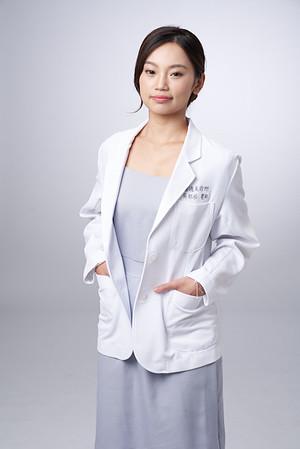 Business-portrait-20190129-吳醫師168