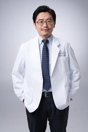 Business-portrait-20190129-劉院長4913