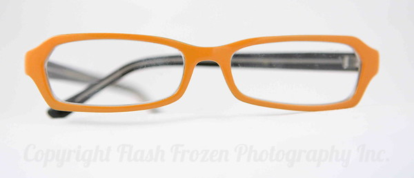 eyeglasses used for a web store/gallery