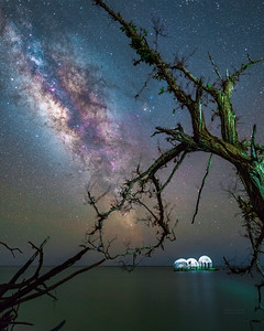 Made from 8 light frames (captured with a SONY camera) by Starry Landscape Stacker 1.5.1.