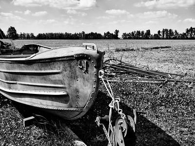 Field Boat