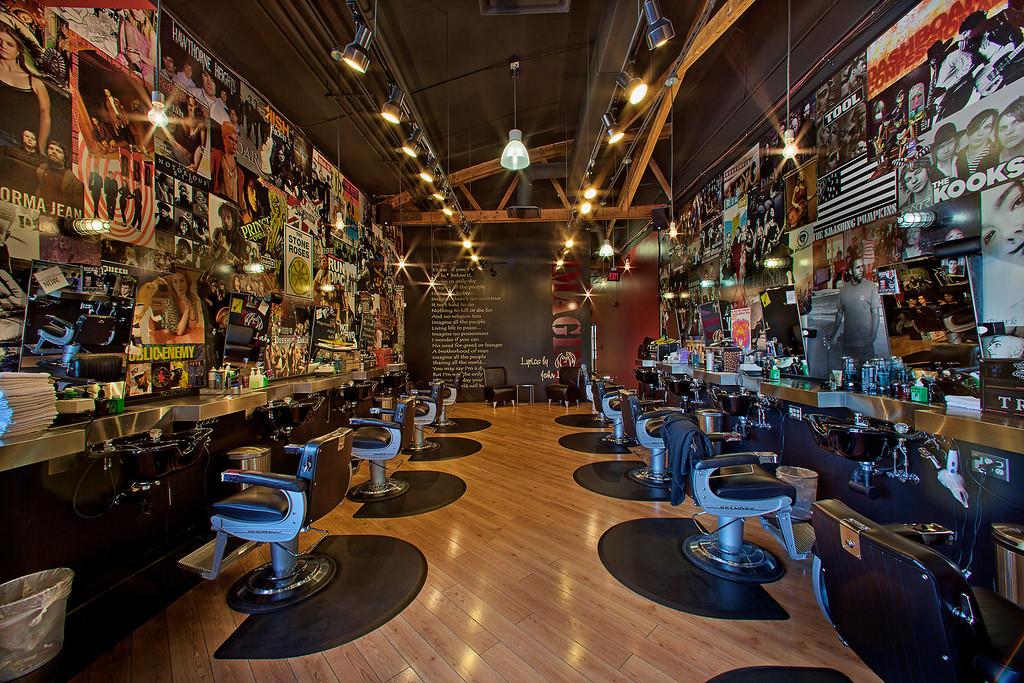 Floyd's 99 Barbershop - La Grange, IL