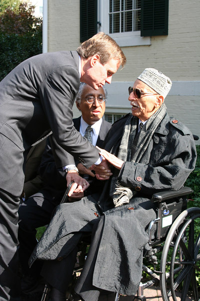 Governor Mark Warner with civil rights leader Oliver W. Hill