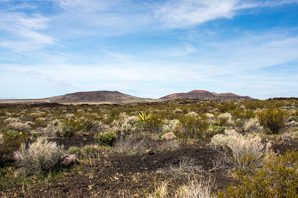 Cinder Cone along Lava Tube trail