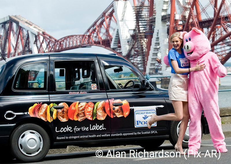 Pic Alan Richardson Dundee Pix-Ar.co.uk .<br /> Scottish Pork branded Taxi's with Miss Scotland and Farmers