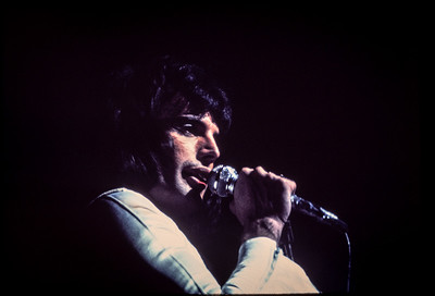 Queen Beacon Theater NYC 1976_7707 copy