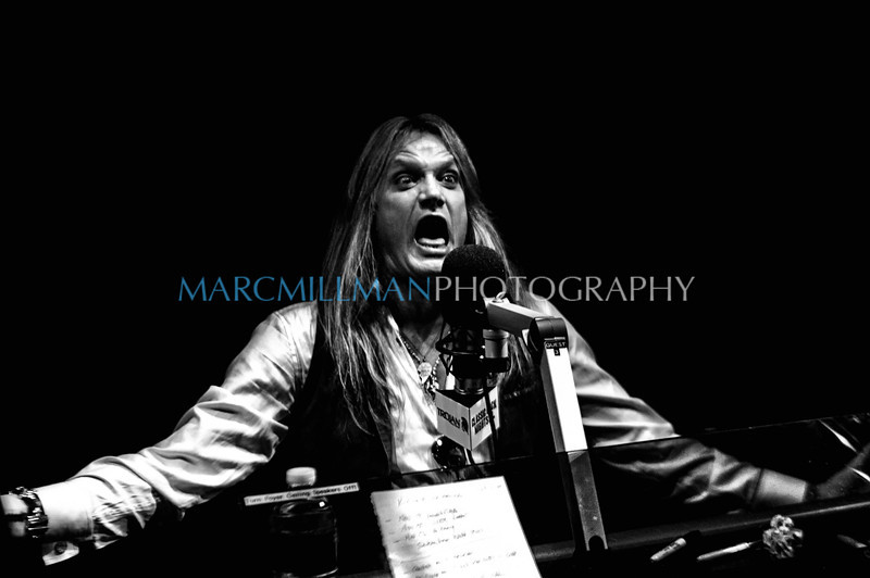 Sebastian gets loud<br /> <br /> Sebastian Bach on VH1 Classic Rock Nights (Tue 11/15/11)