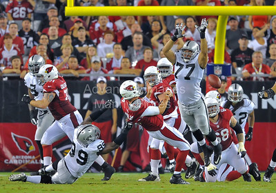 NFL 2012:  Raiders vs Cardinals  AUG 17