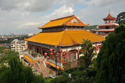 "Kek Lok Si Temple (Penang Hokkien for ""Temple of Supreme Bliss"") is a Buddhist temple situated in Air Itam, Penang and is one of the best known temples on the island. Mahayana Buddhism and tradional Chinese rituals blend into a harmonious whole, both in the temple architecture and artwork as well as in the daily activities of worshippers."