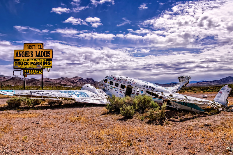 TWIN ENGINE PLANE CRASHED AT BROTHEL- BEATTY NEVADA